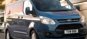 2015-ford-transit-custom-7th-generation-right-front-1-1-1500x550